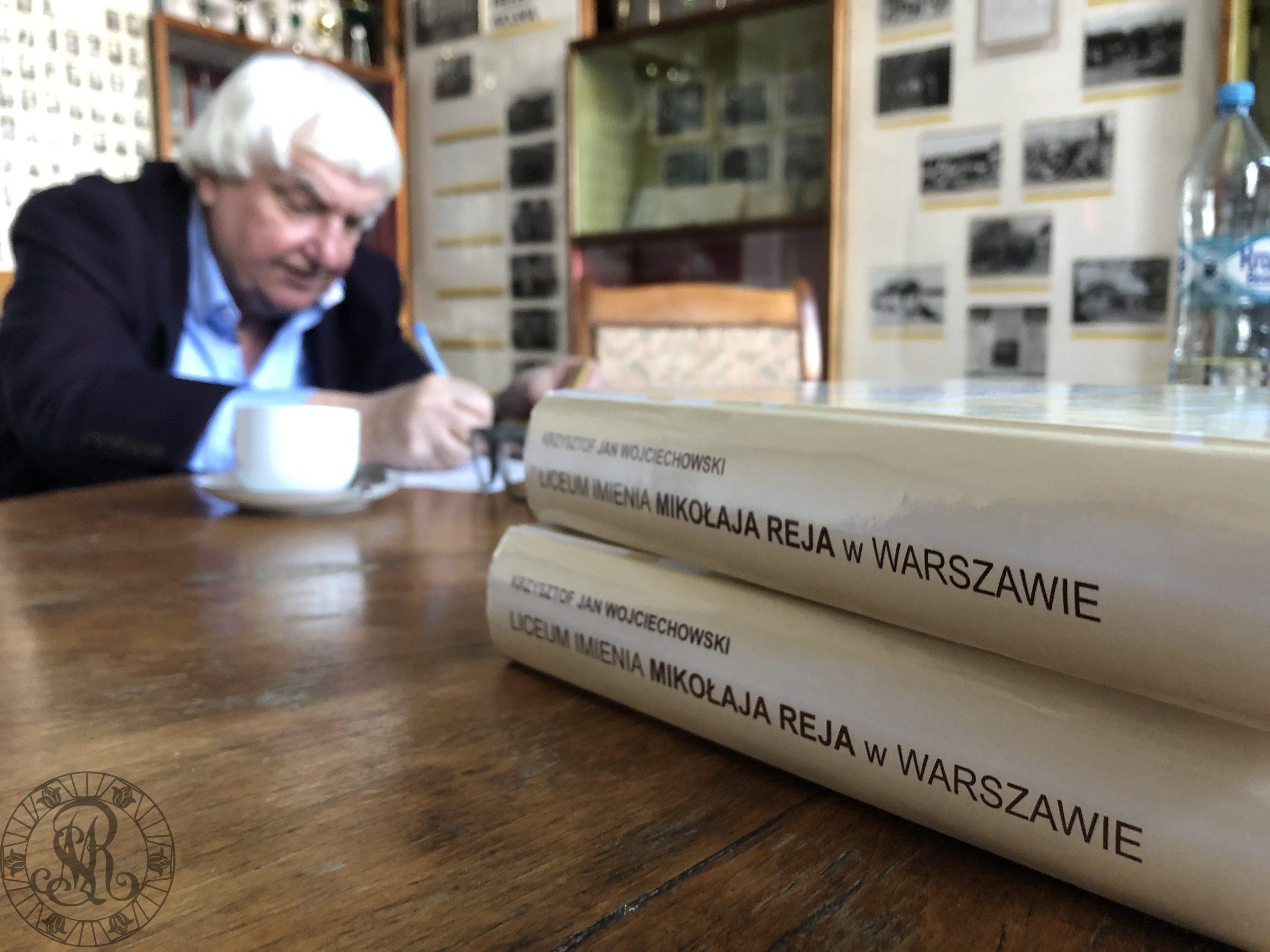 """""""Liceum imienia Mikołaja Reja w Warszawie 1950-1955 (apogeum stalinizmu) – Widziane z Cafe Gruz"""""""